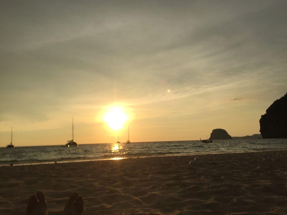 Sonnenuntergang vor Charlie Beach